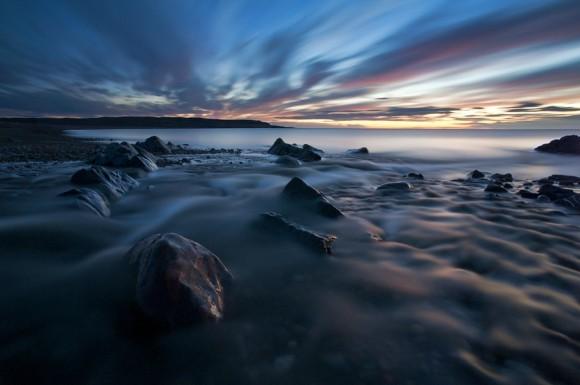 Вечер у Северного Ледовитого океана. Полуостров Рыбачий, губа Скорбеевская.  Автор: Илья Мельников