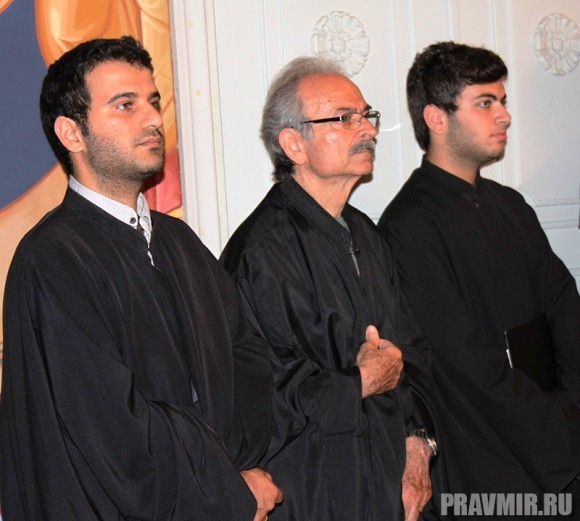 Греческие священнослужители