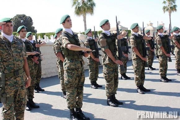 Патриарха Кирилла на Кипре встречают со всеми почестями