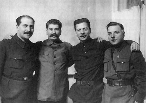 Л.М. Каганович, И.В. Сталин, П.П. Постышев, К.Е.Ворошилов. 1934 г., РГАКФД