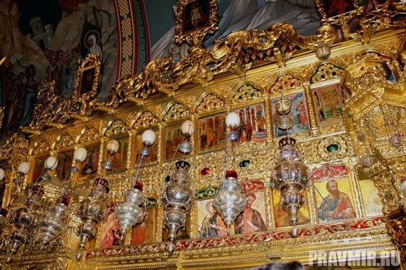 Патриарх Кирилл в Киккском монастыре (18)