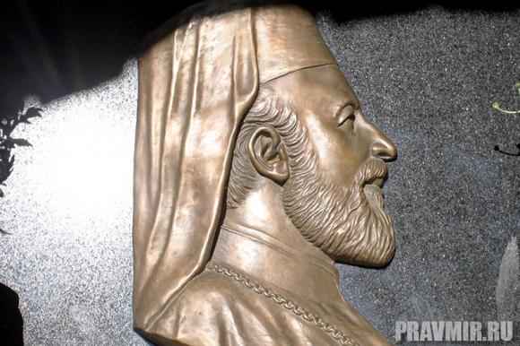 Патриарх Кирилл в Киккском монастыре (13)