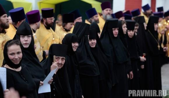Мощи святого Лазаря Четверодневного в России. Фото Владимира Ходакова (9)
