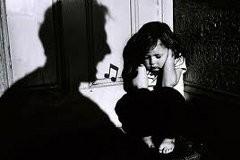Почему родители убивают детей? – опрос психологов