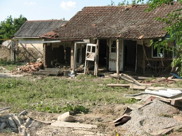 От домов старой постройки почти ничего не оставалось