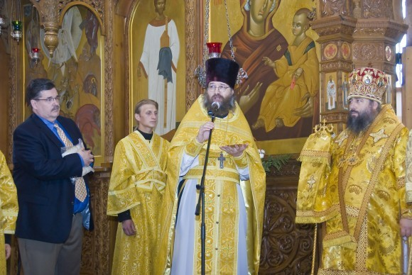 Сергей Кальфов, протоиерей Петр Перекрестов, архиепископ Святогорский Арсений