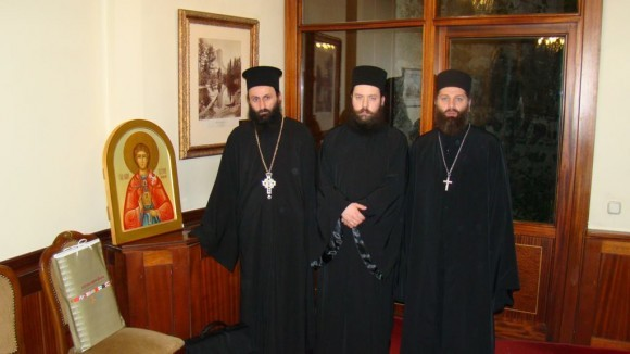 http://www.pravmir.ru/wp-content/uploads/2012/07/02-580x326.jpg