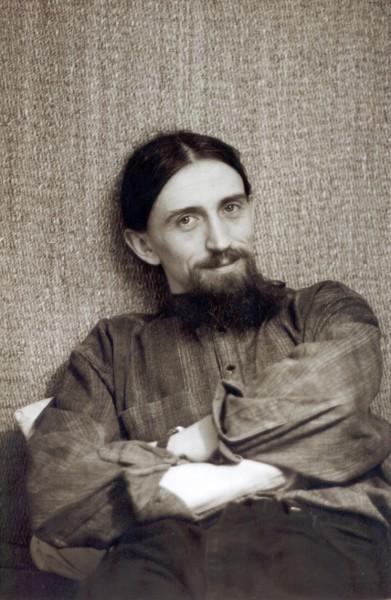 Павел Бусалаев в Оптиной Пустыни. Фото из архива Павла Бусалаева