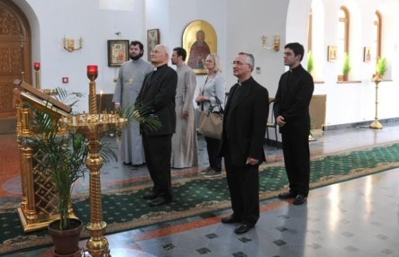 Визит кардинала Сальваторе де Джорджи в Екатерининский храм