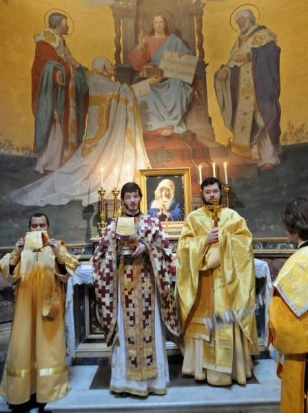Литургия на мощах равноапостольного Кирилла в базилике святого Климента