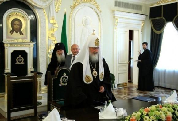 Встреча Святейшего Патриарха Кирилла с мэром г.Москвы Ю.М.Лужковым