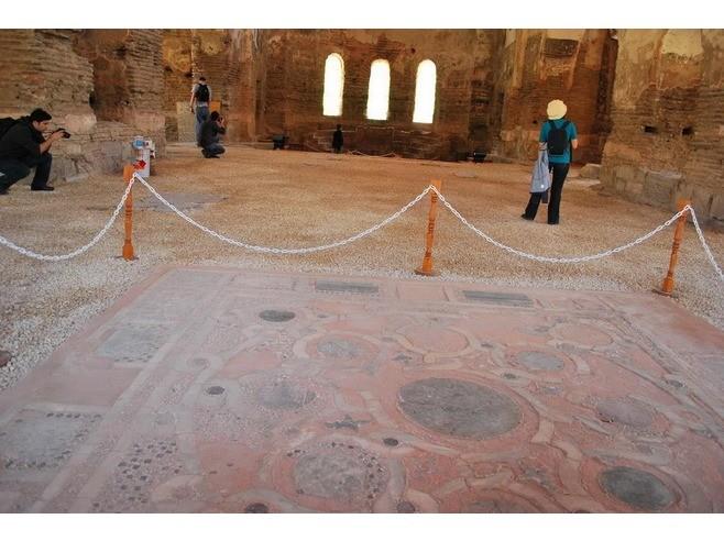 Церковь святой Софии в Никее (7)
