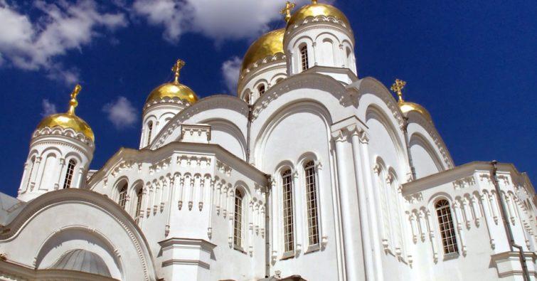 Монастыри России православные действующие женские мужские древние известные заброшенные Паломническая служба