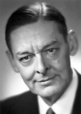 Томас Стернз Элиот (1888—1965)
