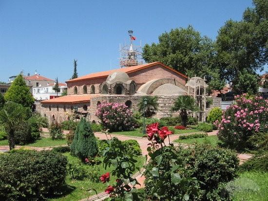 Церковь святой Софии в Никее (1)