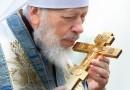 Митрополит Владимир: «Мы надеемся, что православные люди, которые с ненавистью относятся к нашей Церкви, изменят свое мнение» (+ ВИДЕО)