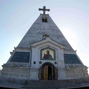 Свято-Никольский храм-памятник на Братском кладбище в Севастополе