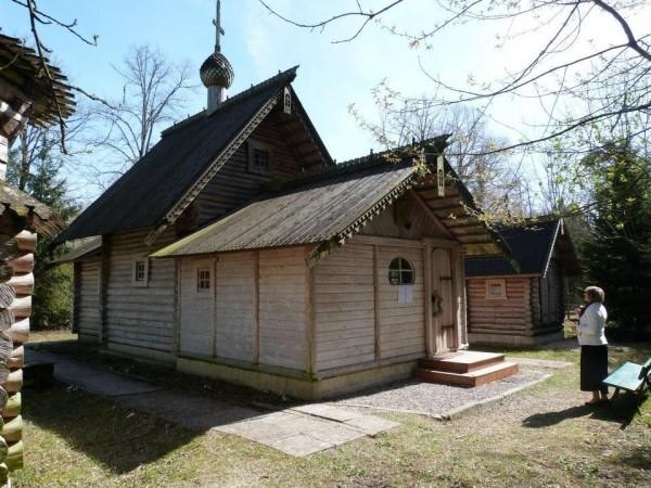 Православный скит Всех Святых в Земле Российской  просиявших в Мурмелоне (Франция)