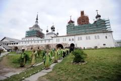 Всенощное бдение в Соловецком монастыре + ФОТО