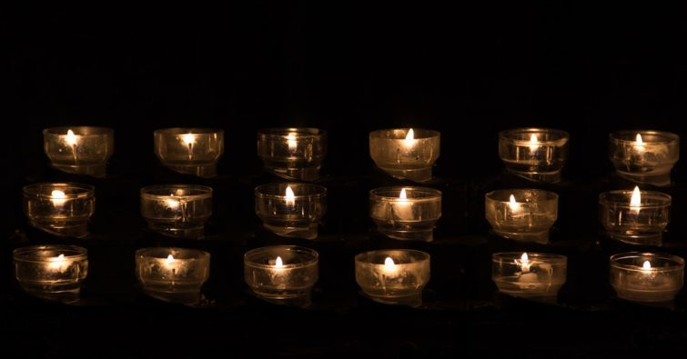 Молитва святому уару за умерших некрещенных детей. Молитва мученику уару за умерших младенцев, не успевших принять святое крещение