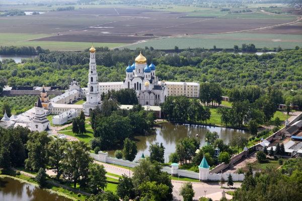 Николо-Угрешский монастырь: история обители, паломничество