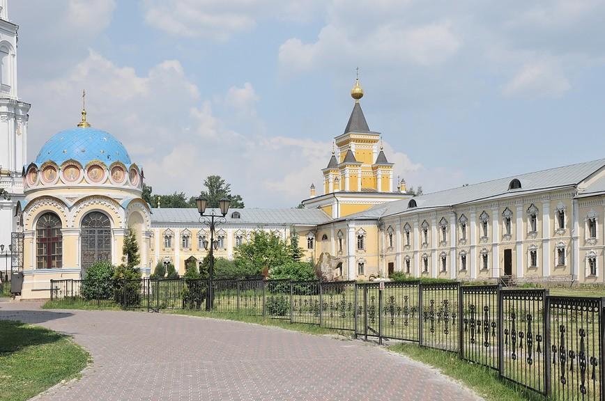 Николо-Угрешский монастырь - древняя обитель