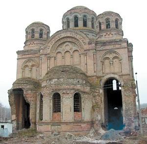 Свято-Николаевский храм в 1995 г. Фото: val-adm.ru