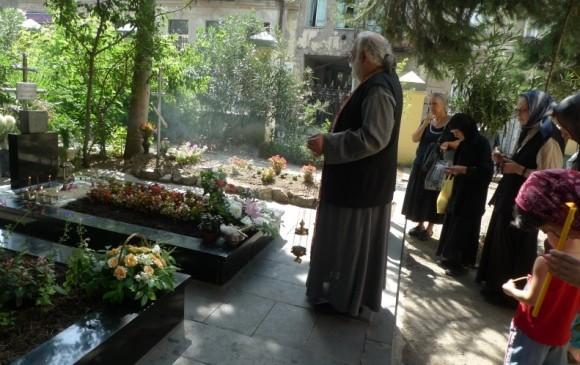 На могилке схиархимандрита Виталия (Сидоренко). Август 2012 года