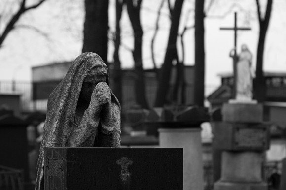 На лаврском кладбище. Фото: Павел Харкевич, photosight.ru
