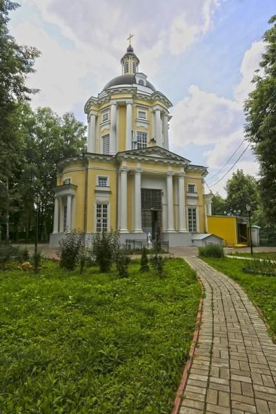 Храм в Виноградово