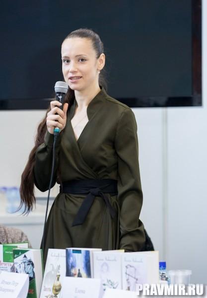 В выступлении Людмилы Дунаевой речь шла о том, что помогает творить современной женщине.