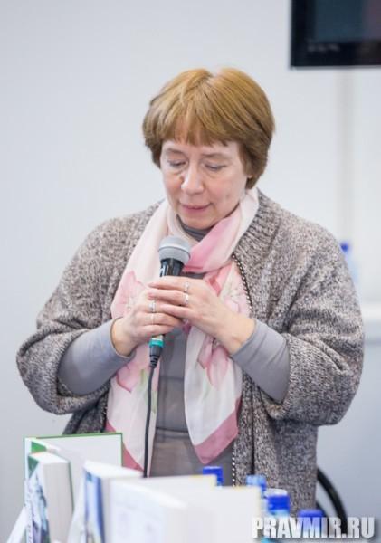 Ирина Языкова в своем выступлении вспоминала Наталью Леонидовну Трауберг, говорившую, что самое главное для писателя – не самовыражение, а служение.