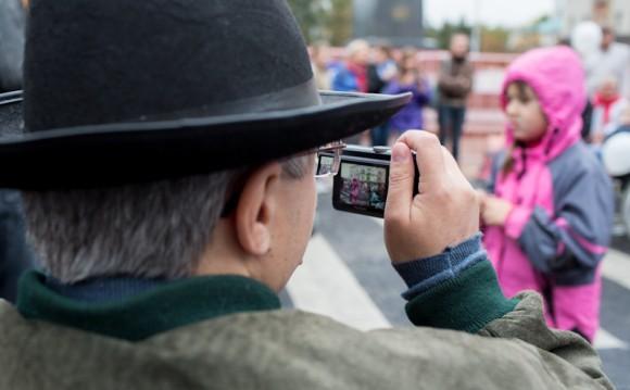 Фотографируют не только журналисты, но и инвалиды
