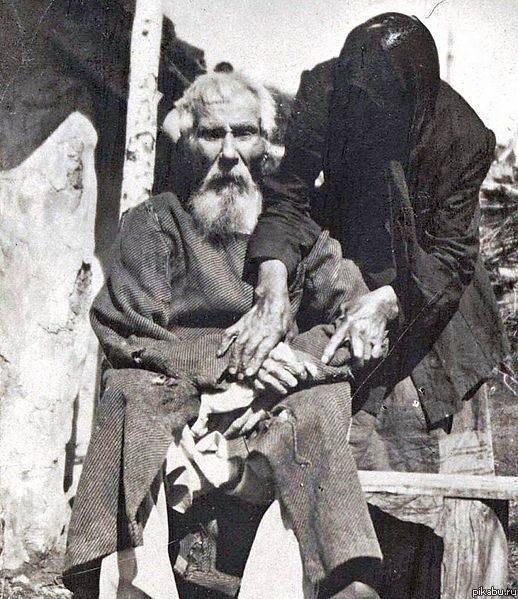 Единственная фотография участника Бородинского сражения Павел Яковлевич Толстогузов, в 1912 г. ему было 117 лет.