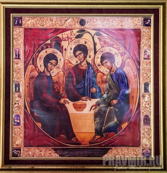 Икона Троицы, написанная Патриархом-Католикосом всея Грузии Илией II