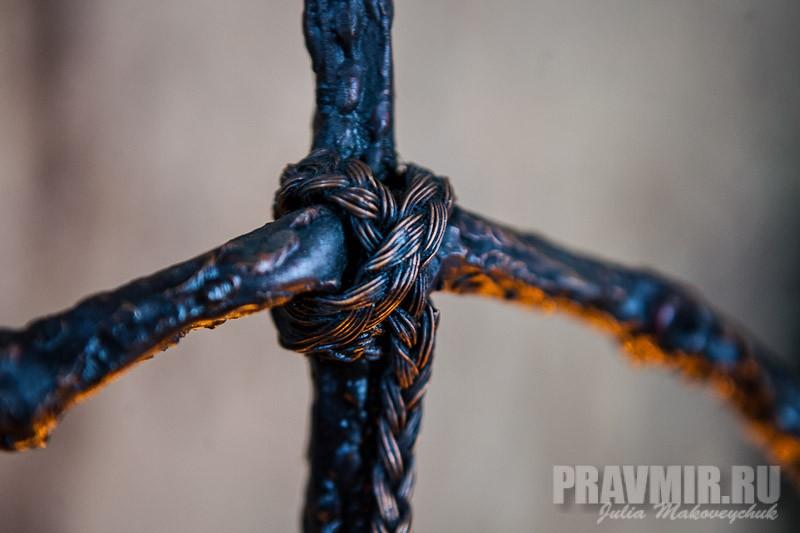 грузинский крест фото картинки из виноградной лозы светлые пряди пепельно-коричневой