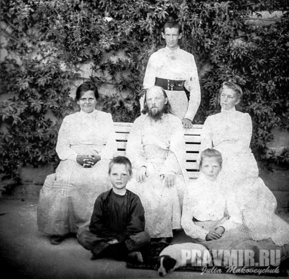 о.Алексий Мечев с семьей
