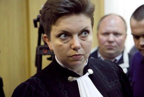 """Сырова Марина Львовна, судья на процессе по делу """"панк-молебна"""" группы """"Pussy Riot"""" в Х.Х.С."""