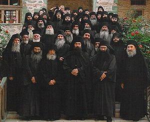 Монахи обители