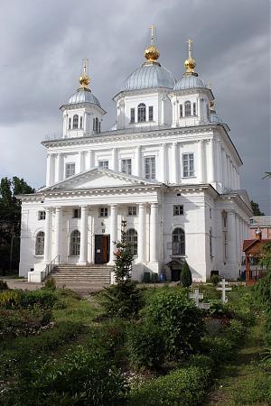 Казанский собор г. Ярославля, в котором находятся мощи святителя Агафангела. Фото: temples.ru