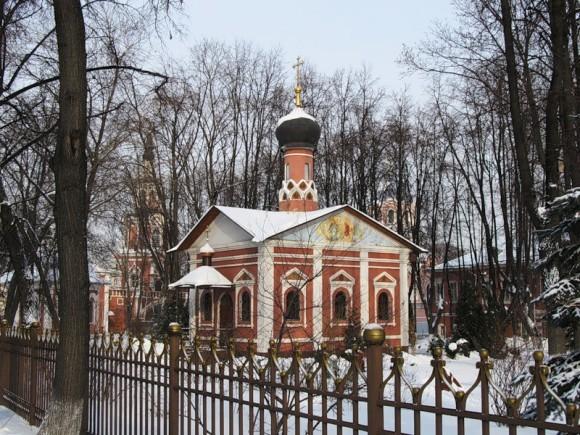Храм святителя Тихона в Донском монастыре. Фото: fotki.yandex.ru