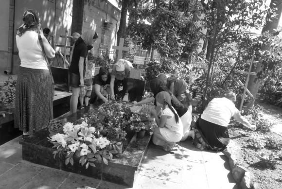 На могилке у схиархимандрита Виталия (Сидоренко). Август 2012 года