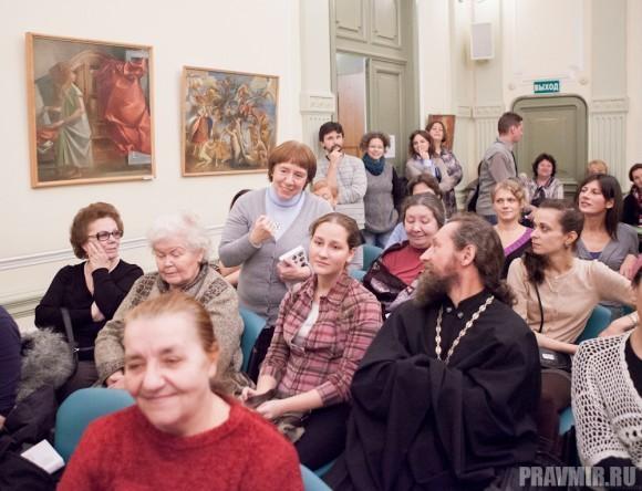 Ирина Языкова спрашивает, как удалось написать о каждой матушке так особенно, по-своему?