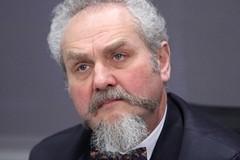Профессор Андрей Зубов: Об учебнике истории, в котором не написано про сталинские репрессии