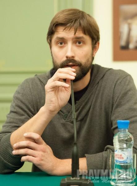 Главный редактор издательства НИКЕЯ Владимир Лучанинов