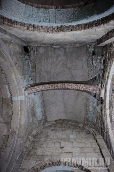 Потолок собора