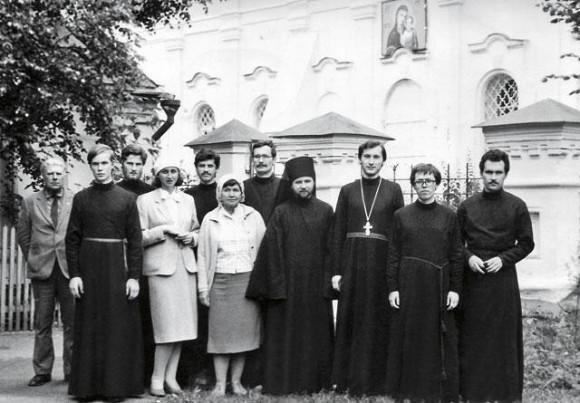 С сокурсниками по семинарии (второй справа), 1987 год Фото: Из личного Кураева Андрея архива