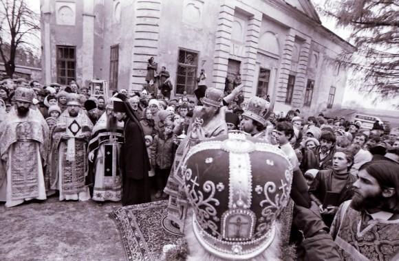 Первое празднование памяти новопрославленного прп. Амвросия Оптинского, октябрь 1988 г.