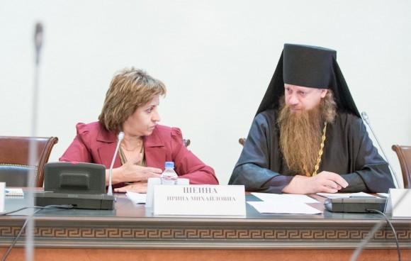 Ирина Шеина и игумен Лука (Степанов)