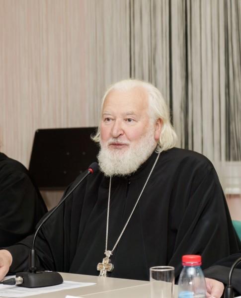 Протоиерей Владимир Воробьев.